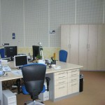 Einrichtung Großraumbüro aus Dekorplatte